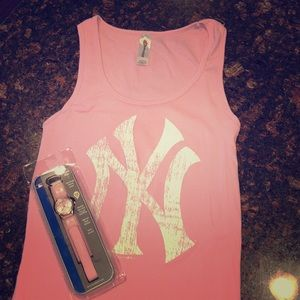 Yankees ⚾️ watch and Tank NEW